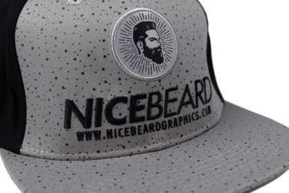 NiceBeardGraphics Buddy Flexfit-Cap Detail-Ansicht